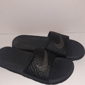 Nike mens size 13 slides